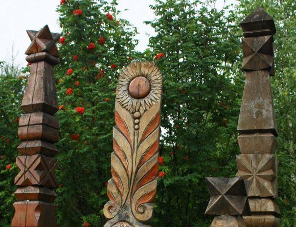 Kopjafák Nyerges-tetőn