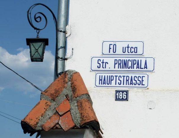 Miklósvári utcatábla