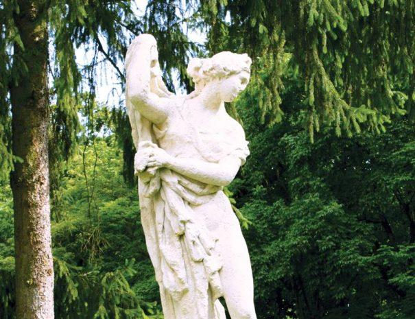 Gernyeszegi kastély parkja