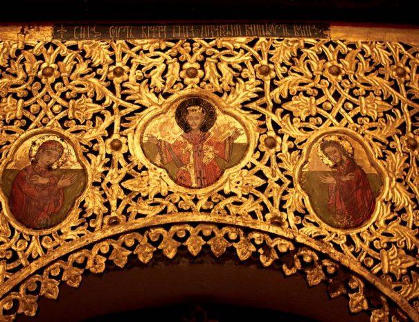 Régi ortodox templom ikonosztáza
